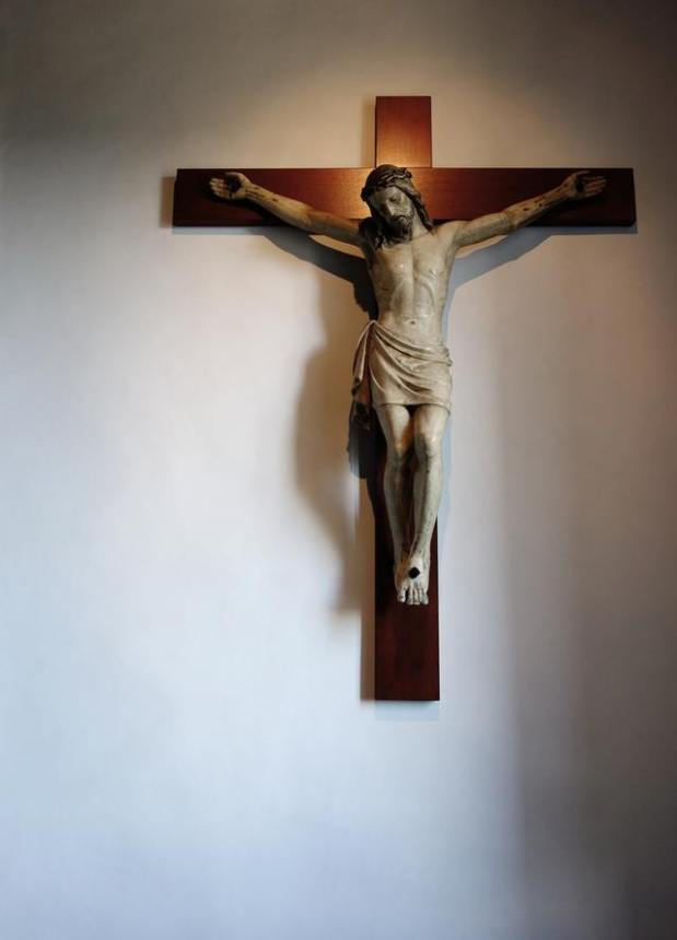 cross-crucifix-1616733-639x886